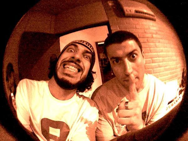 Os MCs Leco e Paulo Napoli