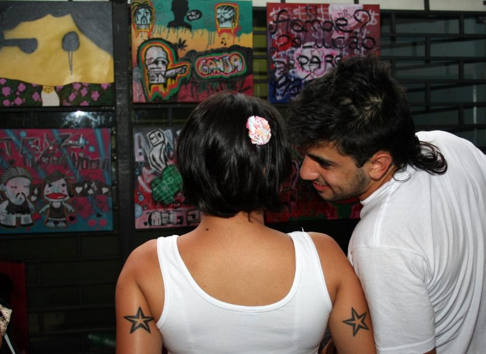 Exposição de telas de Grafite by Elza Cohen