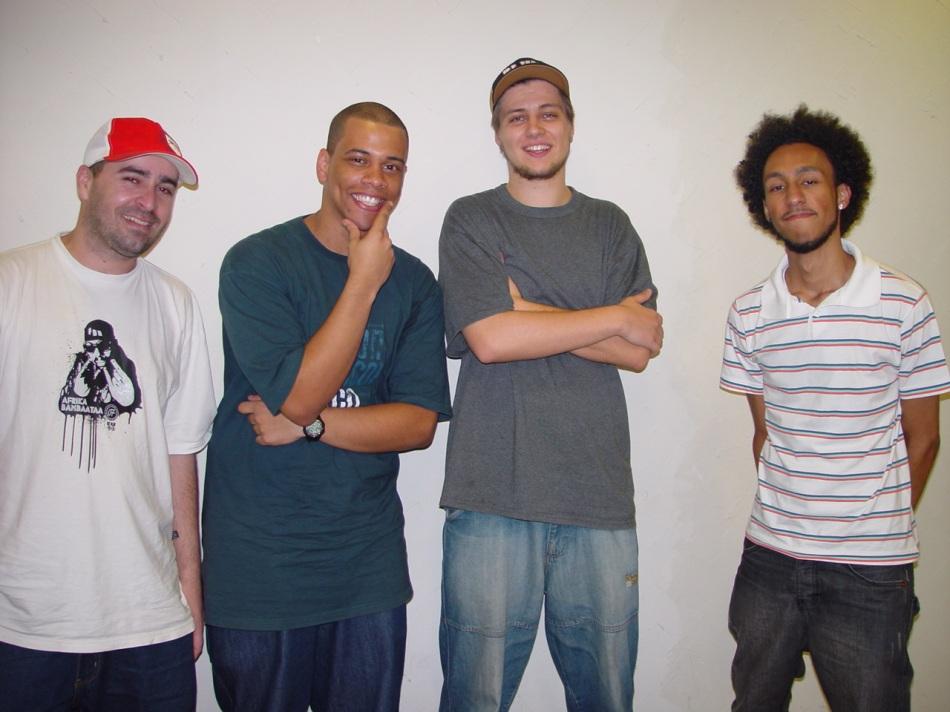 Gil (blog Revista Elementos, Marcilio (P. Freestyle), Daniel e Eduardo (Per Raps)