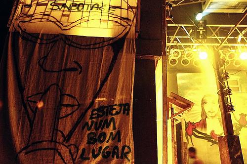 Homenagem ao rapper Sabotage pelos Racionais MC´s em 2003