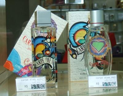 Os grafiteiros Boleta, Miss e Guid trabalharam com a linha Carpe Diem