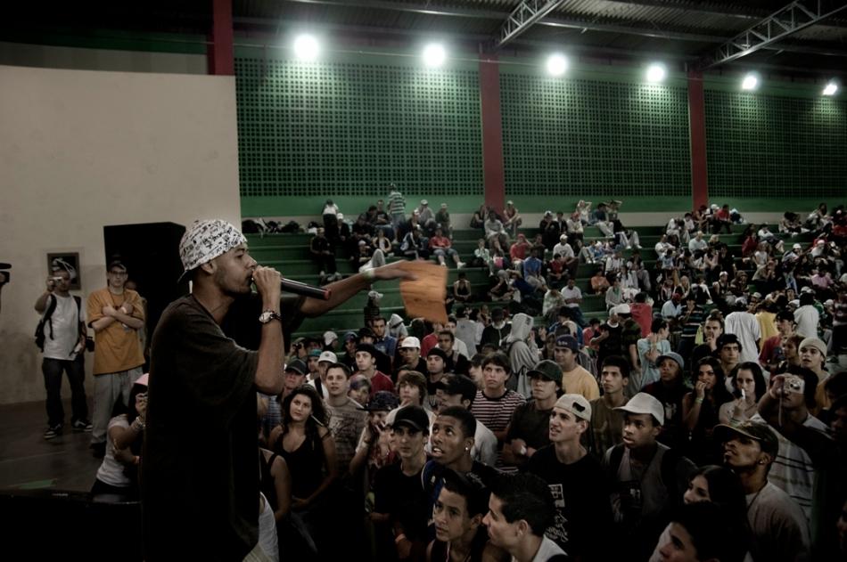 O MC admitiu que em 2008 fez mais shows fora do circuito do rap
