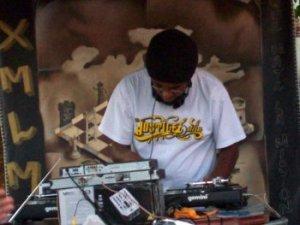 O Dj Cortecertu em ação (Arquivo Central Hip Hop/Bocada Forte)
