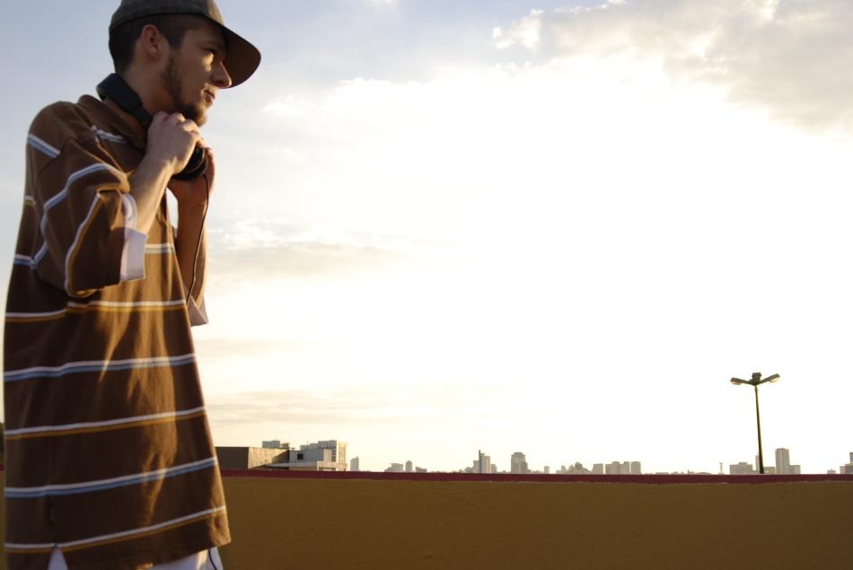 Cabes é um dos principais representantes da nova safra do rap curitibano (Divulgação)
